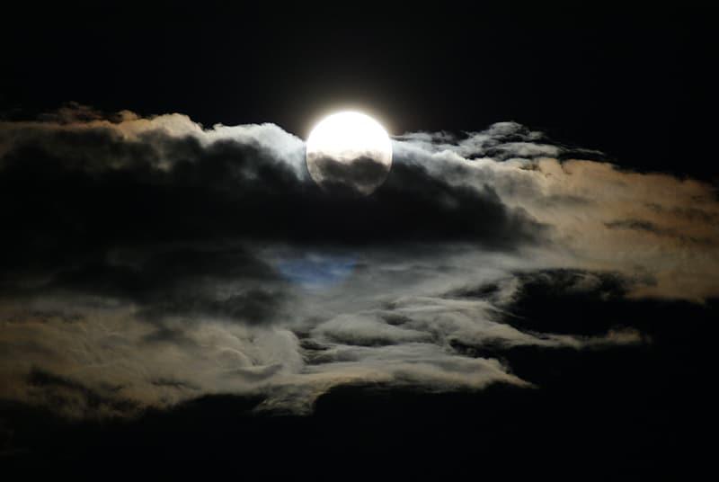 dream birthday moon